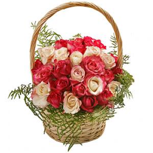 Cesto de Rosas Rosa em Vários Tons